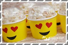 Create a winning tablescape with our Custom Emoji Party Cups! Package includes 8 paper cups with lids and hold up to 9 ounces of hot or cold drinks and or party 13th Birthday Parties, 11th Birthday, Birthday Fun, Birthday Party Themes, Birthday Ideas, Party Emoji, Fete Emma, Emoji Cake, Party Decoration