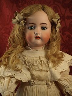K&R Simon Halbig 403 Child Doll