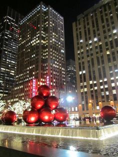 New York at Christmas  my number 1 wish  Bucket List  Pinterest