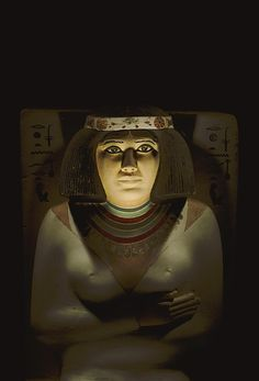 Nofret, the wife of Rahotep, high priest to Snefru. The 121-cm-high limestone tomb statue is one of a pair which includes the statue of Rahotep, found in their mastaba north of the pyr of Snefru in 1871.  Early 4th Egyptian Dynasty