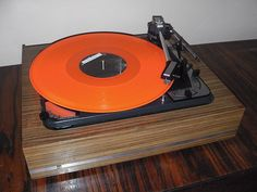 Turntable DUAL 1015 automatic (Germany 60's)