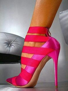 Strapped closed toe