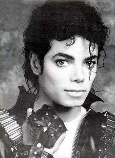 Michael Jackson: The king of pop Janet Jackson, The Jackson Five, Jackson Family, Paris Jackson, Michael Jackson Drawings, Michael Jackson Art, Lisa Marie Presley, Elvis Presley, Madonna