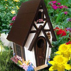 Ideas rustic bird bath ideas fairy houses for 2019 Bird Houses Painted, Decorative Bird Houses, Bird Houses Diy, Painted Cottage, Fairy Houses, Painted Birdhouses, Rustic Birdhouses, Birdhouse Post, Birdhouse Craft