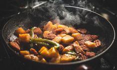 My camping food trail mix recipes Dieta Hcg, Dieta Paleo, Chef Cuistot, Trail Mix Recipes, Food Picks, Healthy Soup Recipes, Fast Recipes, Healthy Foods, Fast Foods