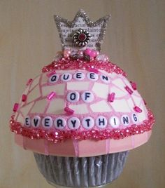 Mosaic Cupcake-Queen of Everything by mosaic.queen, via Flickr