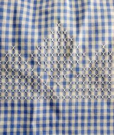 Delantal medio moña azul y blanco con blanco por FoxyFineVintage