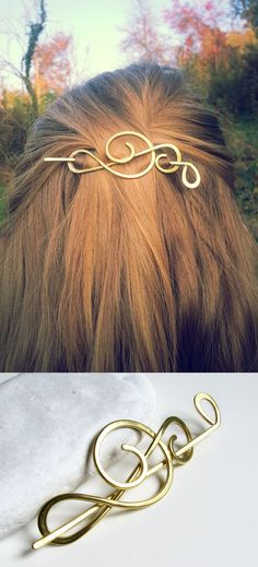 Gold tones in your hair for fall/winter season! Music key, treble clef hair clip in brass will fit for any outfit and will be a perfect gift for music lover.
