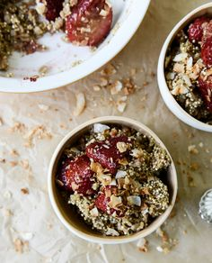 Crunchy Quinoa Baked Oatmeal with Strawberries and Toasted Coconut