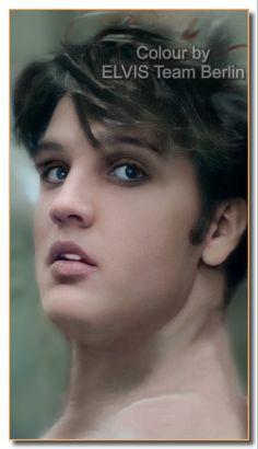Bilder Von Elvis Presley, Elvis Presley Hair, Elvis Presley Images, Whitney Houston, Graceland, Madonna, The Blues Brothers, Young Elvis, Star Wars