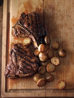 Recipe: Tuscan-Style Steak with Crispy Potatoes - Williams-Sonoma