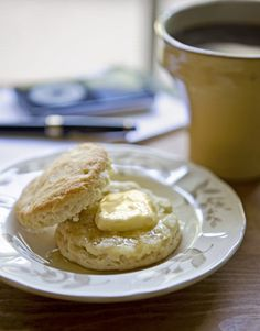 Trisha Yearwood's Daddy's homemade biscuits recipe
