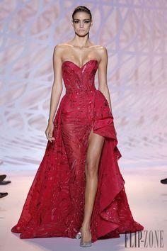 Zuhair Murad Autunno-Inverno 2014-2015 - Alta moda - http://it.flip-zone.com/fashion/couture-1/fashion-houses/zuhair-murad-4826