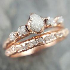 Raw Stone Engagement Rings, Dream Engagement Rings, Rose Gold Engagement Ring, Diamond Wedding Rings, Vintage Engagement Rings, Gold Wedding, Wedding Set, Solitaire Engagement, Trendy Wedding