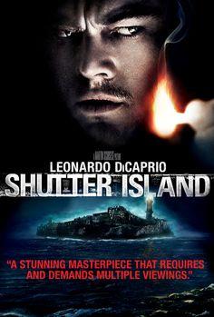 Super film de Martin Scorsese sortit en 2010. L'acteur principal Leonardo DiCaprio, qui joue Teddy Daniels, réalise son jeu d'acteur a la perfection. Ce film est a regarder plusieurs fois, tous les détails du film compte pour comprendre l'histoire.