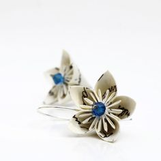 Origami paper earrings  A poetic Lotus by Relydesign on Etsy, €19.00