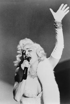 Capucine In '-What'-s New Pussycat?'- 1965 | photo | Pinterest | Celebs