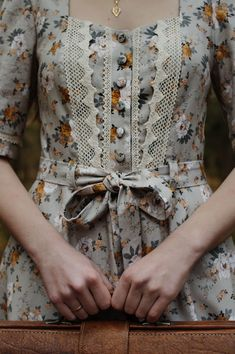Vintage Dresses, Vintage Outfits, Vintage Fashion, Vintage Inspired Outfits, Different Fabrics, Looks Vintage, Dress Me Up, Pretty Outfits, Foto E Video