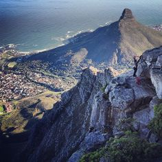 South Africa, a journey from understanding a place through books and film to experiencing it firsthand. A journey from Cape Town to the Northern Cape. 96 Hours, Abseiling, Cape Town South Africa, Table Mountain, Pretoria, Africa Travel, Climbers, Places To Go, Tourism