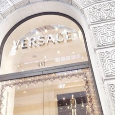Versace, fashion, and luxury image in 2020 Bedroom Wall Collage, Photo Wall Collage, Picture Wall, Boujee Aesthetic, Aesthetic Collage, Aesthetic Pictures, Bild Gold, Versace Store, Black And White Aesthetic