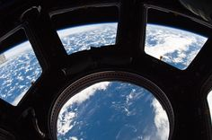 Space Camera, Tim Peake, Nasa Photos, Universe Today, Communication Networks, International Space Station, Across The Universe, Space And Astronomy, World View