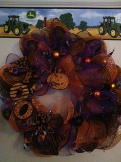 Halloween Black Orange Purple SPOOKY Deco Mesh Wreath - CUTE