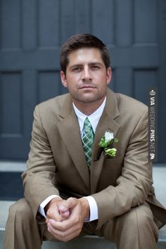 Wow! - Green white vintage nature earthy wedding groom boutonniere tie   CHECK OUT MORE GREAT GREEN WEDDING IDEAS AT WEDDINGPINS.NET   #weddings #greenwedding #green #thecolorgreen #events #forweddings #ilovegreen #emerald #spring #bright #pure #love #romance