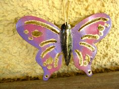 Butterfly (magnet) to wish luck in a new start (a new house, for example)