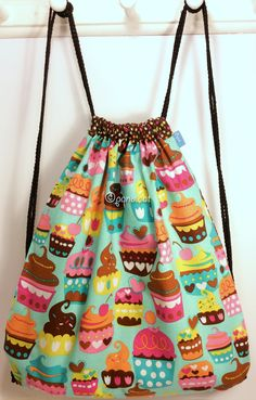 Ref. ML24- Davant de motxilla, de tela - Delante de mochila, de tela - Drawstring backpack, front, of fabric... aprox. 36 x 36cm VENUDA-VENDIDA-SOLD OUT