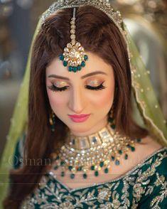 Pakistani Bridal Hairstyles, Bridal Hairstyle Indian Wedding, Pakistani Bridal Makeup, Bridal Eye Makeup, Bridal Hairdo, Indian Hairstyles, Wedding Makeup, Easy Hairstyles, Wedding Hairstyles