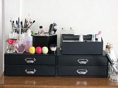 Joydreamer: My makeup storage