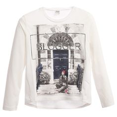 Girls ivory long sleeved t-shirt made with a soft jersey feel by Mayoral. It has twisted side seams and a longer length hem on the back. The front has a black and white print with striking blue and red features and a silver 'I Am Not A Blogger' slogan.<br /> <ul> <li>50% polyester, 25% cotton, 25% viscose (soft jersey feel)</li> <li>Machine wash (30*C)</li> <li>Loose fit</li> <li>Designer colour: Linen</li> </ul>