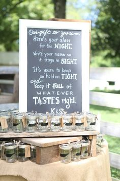 You well 100 state chalk board mason jar labels for wedding favors for your guests! The perfect tough to a rustic wedding or farmhouse wedding Mason Jar Wedding Favors, Rustic Wedding Favors, Wedding Labels, Mason Jar Diy, Wedding Signs, Wedding Ideas, Wedding Decor, Wedding Stuff, Wedding Venues