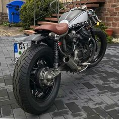 Travel, Cafe Racers and Fashion. Cb400 Cafe Racer, Cafe Racer Honda, Cx500 Cafe, Honda Cx500, Cafe Racer Bikes, Cafe Racer Motorcycle, Honda Motorcycles, Honda Cb, Custom Motorcycles