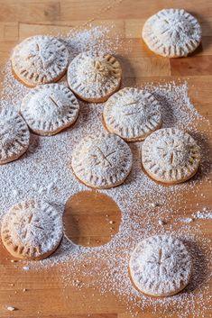 Biscuits with pears - Biscotti con le pere - La magia del Natale - Juls' Kitchen