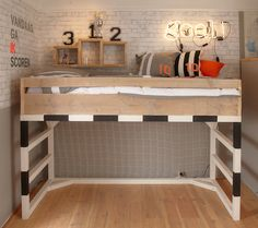 (^o^) Kiddo (^o^) Lofty ~ Kids Loft Bed - cama-infantil-tematica-futbol Boys Football Bedroom, Football Bedding, Football Rooms, Bedroom Boys, Football Players, Girl Football, Bedroom Black, Football Fans, Bedroom Ideas