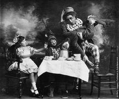 """vintage everyday: Vintage Photos of """"Alice in Wonderland"""""""