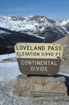 Loveland Pass, CO. its so majestic.whenever I visit & its open its such the Wonder of Nature Amazing area Jared Viar The Design Dandy Colorado Springs, Colorado Homes, Colorado Trip, Estes Park, Denver, Places To Travel, Places To See, Loveland Pass, Continental Divide