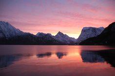 #Norway fjord pink. skandinavisk.com