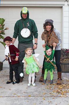 The details for our Family Halloween Costumes: Peter Pan, Captain Hook, Tinkerbell, Tick Tock Crock, and the Lost Boys Peter Pan Halloween Costumes, Peter Pan Costume Kids, Lost Boys Costume, Halloween Costumes Pictures, Hallowen Costume, Boy Costumes, Baby Halloween, Costume Ideas, Woman Costumes