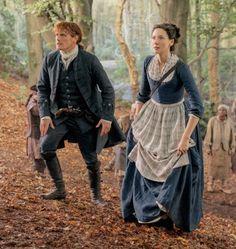 Outlander Season 4, Outlander Tv Series, Costumes Outlander, Outlander Clothing, Gabaldon Outlander, Diana Gabaldon, Scottish Clothing, Claire Fraser, Jamie Fraser