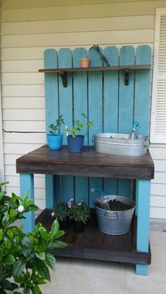 Potting Bench Design - Create a great place for potting plants and gardening cho. - Potting Bench Design – Create a great place for potting plants and gardening chores by building t - Outdoor Potting Bench, Potting Bench Plans, Pallet Garden Benches, Potting Tables, Pallet Patio Furniture, Fairy Furniture, Furniture Projects, Build Your Own Garage, Bench Designs