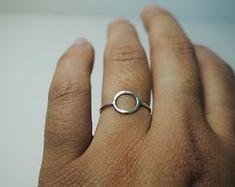 simple silver circle ring, thin round minimal look