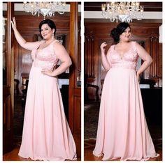 Plus Size Women S Lounge Dresses Code: 3300633078 Plus Size Evening Gown, Evening Gowns, Curvy Fashion, Plus Size Fashion, Next Clothes, Clothes For Women, Prom Dresses, Formal Dresses, Wedding Dresses
