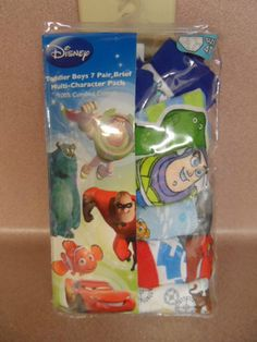 DISNEY MULTI CHARACTER, BOYS SIZE 4T UNDERWEAR. 6 PAIR IN PACKAGE. NEW IN PACK