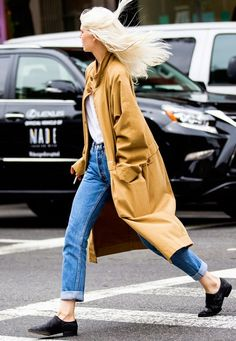Parisienne: Camel Coats Look Great OnEveryone