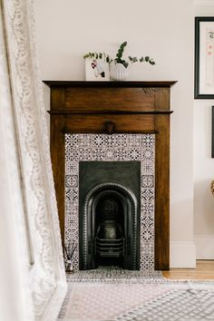 Hottest Free flat Fireplace Remodel Concepts Original Edwardian Fireplace In Hallway – Home Tour Of A Stunningly Beautiful Edwardian Property Bedroom Fireplace, Home Fireplace, Fireplace Remodel, Living Room With Fireplace, Fireplaces, Fireplace Suites, Fireplace Surrounds, Edwardian Fireplace, Victorian Fireplace Tiles