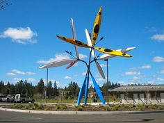 Troy Pillow creates modern contemporary sculpture for private and commercial clients.  He works and lives in seattle, wa.  His work can be found in corporate collections and public art programs throughout the country
