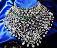Emerald Jewelry, Diamond Jewelry, Gold Jewelry, Gold Models, Neck Choker, Gold Jewellery Design, Diamond Design, Emerald Diamond, Necklace Designs
