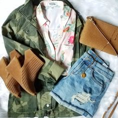 Fall Style - camo jacket, floral blouse and distressed denim shorts A Jacq of All Trades @a.jacqofalltrades  By Jacqueline Clark